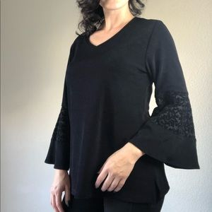 Chico's black trumpet sleeve lace blouse size 1